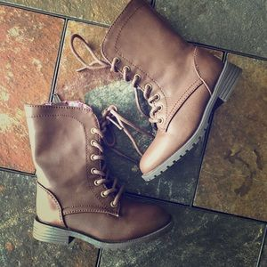 Other - Toddler Brown Zip Up Fashion Combat Boots sz 7